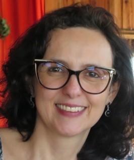 Andréia Machado Oliveira